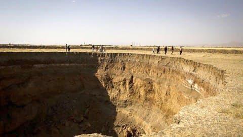 فرونشست زمین ایران ماهنامه کی دبلیو سی