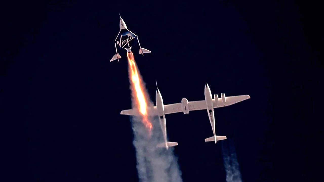 سفر ریچارد برانسون به فضا - مسابقه فضایی ریچارد برانسون با جف بزوس